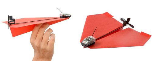 尾部的小型螺旋桨和方向舵组成,只要将它安装到你折好的纸飞机上,通
